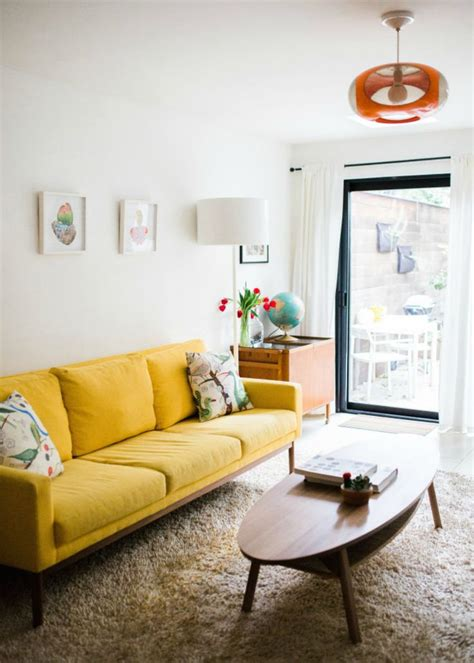 yellow livingroom 51 best yellow sofa images on living room
