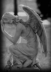 """coisasdetere: """"Praying Angel… """" 