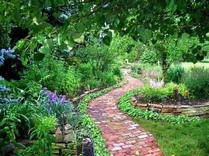 Gartenwege Anlegen Ideen : gartenwege gestalten wie bauen wir einen steinpfad ~ Markanthonyermac.com Haus und Dekorationen