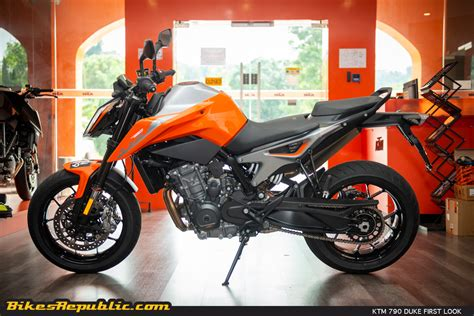 ktm 790 duke 2018 2018 ktm 790 duke the scalpel look bikesrepublic