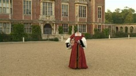 Spook Spotters Turn Out To See Anne Boleyn's Ghost