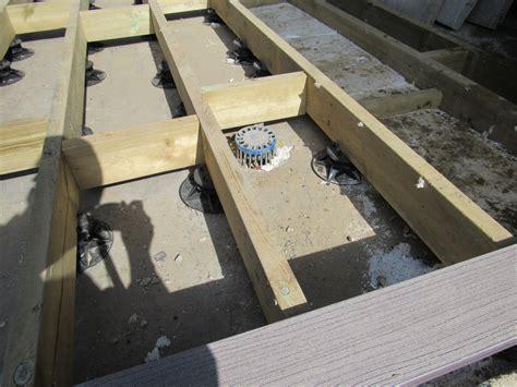 great   td decking supports  work wallbarn