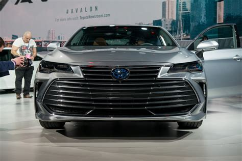 2019 Toyota Avalon Debuts In Detroit  News About Cool Cars