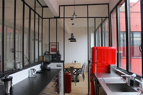 fenetre separation cuisine fenêtre d 39 atelier en séparation de cuisine salon