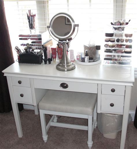 Affordable Makeup Vanity by Best 25 Cheap Vanity Table Ideas On Patio Diy