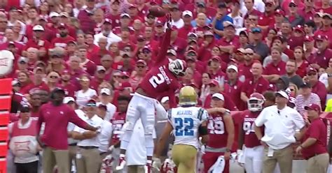 oklahomas ceedee lamb   catch   year  ucla