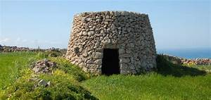 The Maltese 39Girna39 Living In Malta