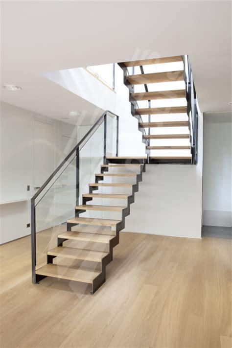 escalier deux quart tournant pas cher escalier 2 4 tournant escaliers d 201 cors 174