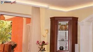 Wohnzimmertisch Aus Europaletten : bett aus paletten mit licht europaletten bett mit licht u howbel ~ Sanjose-hotels-ca.com Haus und Dekorationen