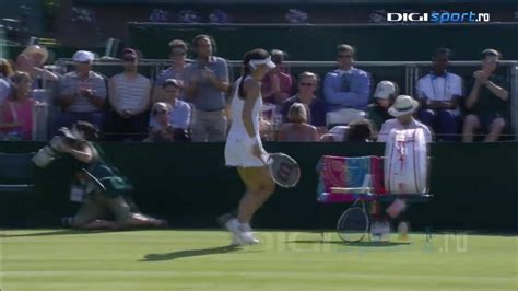 VIDEO Australian Open: Simona Halep vs Kaia Kanepi 6-7(2), 6-4, 6-2/ S-a trezit la timp - Halep, în turul doi la Melbourne - Tenis - HotNews.ro