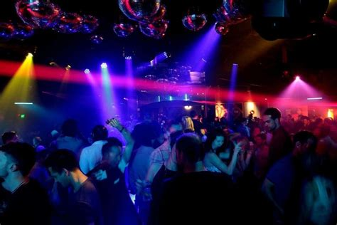 venues pubs nightclubs bars nightcruiser party bus