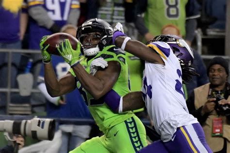 replay seahawks wr david moore   touchdown