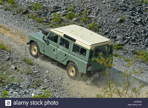 land rover series 3 off road land rover series 3 109 station wagon lwb 4cyl petrol at