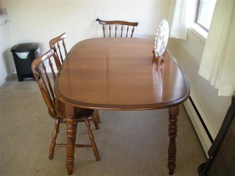 solid maple dining room table and 6 chairs city