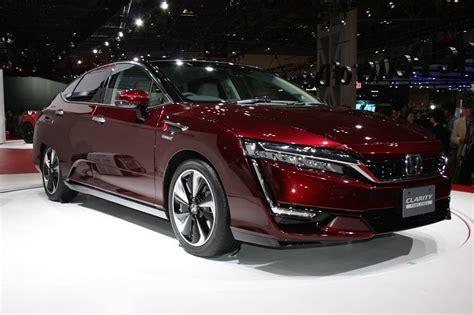 Honda Car : Honda's Hydrogen-powered Clarity Fuel Cell Arrives In
