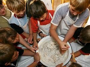 Mit Kindern Backen : leben im museum freilichtmuseum massing ~ Eleganceandgraceweddings.com Haus und Dekorationen