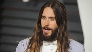 Comment Avoir Les Cheveux Long Homme : pour ou contre les hommes aux cheveux longs ~ Melissatoandfro.com Idées de Décoration