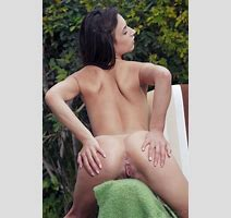 Beautiful Young Girl Gloria Sol Slipping Fingers Into