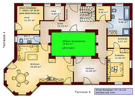 Bungalow Mit Innengarten by Atrium Bungalow 117 16 24 Grundriss Mit Erker Und Turm