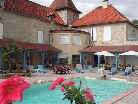 chambre d hotes midi pyr駭馥s chambre d 39 hôtes la boudousquerie chambre hotes piscine midi pyrénées lot faycelles