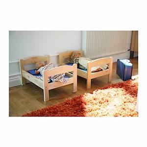 Lit Japonais Ikea : des japonais amoureux de chat utilisent un lit pour poup e ikea pour leur adorable minou ~ Teatrodelosmanantiales.com Idées de Décoration