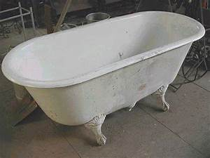 Baignoire Avec Pied : pin baignoire ancienne en fonte avec pieds forme de griffe ~ Edinachiropracticcenter.com Idées de Décoration