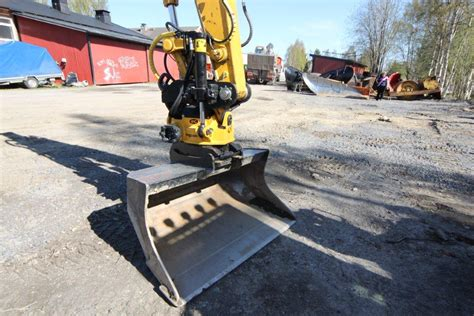 digger experiences excavation swedish style  engcon part