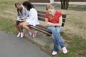 Three Friends, One Odd Girl Out: Cracking the Girl ...