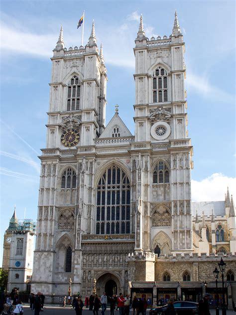 L Ingresso Di Trimalchione Riassunto Fachada Oeste De La Abad 237 A De Westminster Turismo Org