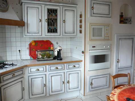 relooker cuisine rustique chene transformer une cuisine rustique relooker cuisine