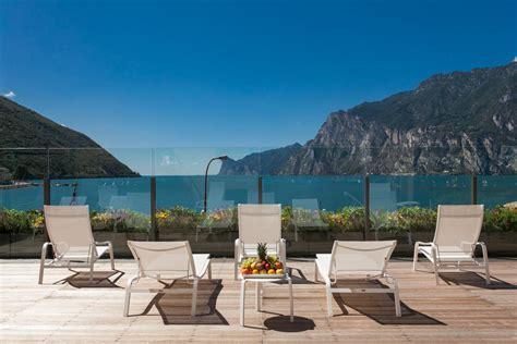 hotel lago hotel lago di garda italien nago torbole booking