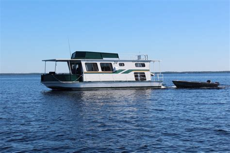 Boat Rental Fall Lake Mn by Houseboats For Rent On Rainy Lake Voyageurs National Park Mn