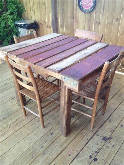 pallet kitchen table 58 diy pallet dining tables diy to make
