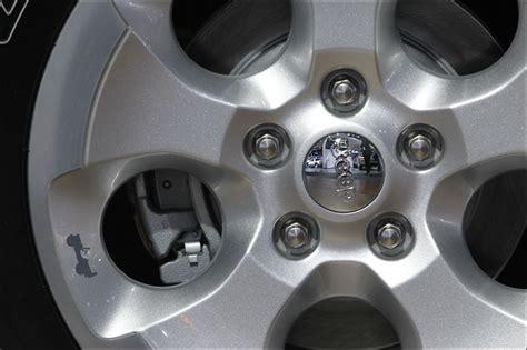 jeep cherokee easter eggs easter eggs hidden on jeeps toledo blade