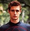 Actor Max Irons Dating Beautiful Journalist; Doting ...