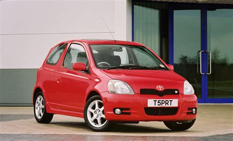 toyota yaris  sport picture