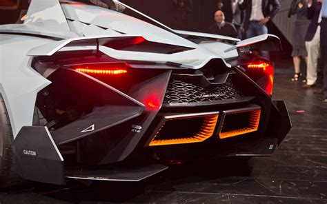 lamborghini egoista concept rear exhaust photo