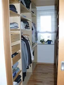Kleiderschrank Für Kleine Räume : schlafzimmer 39 begehbarer kleiderschrank 39 unser traumhaus zimmerschau ~ Bigdaddyawards.com Haus und Dekorationen