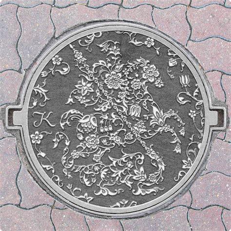 moscow manhole cover design