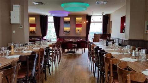 salle de reception restaurant salle de r 233 ception picture of granterroirs restaurant epicerie de levallois levallois