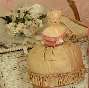 vintage pin cushion... | ~ ANTIQUE SEWING MACHINES ...