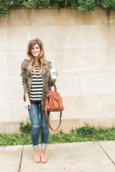 Simple And Cute Fall Outfit Idea Stripes Cognac Green