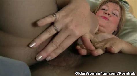 Pantyhose Get Moms Pussy Hot And Throbbing Thumbzilla