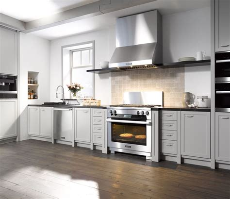 miele   stainless steel range  built  grill