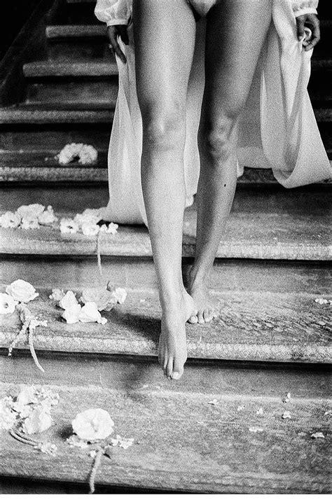 sensual italian boudoir session  elisabeth van lent