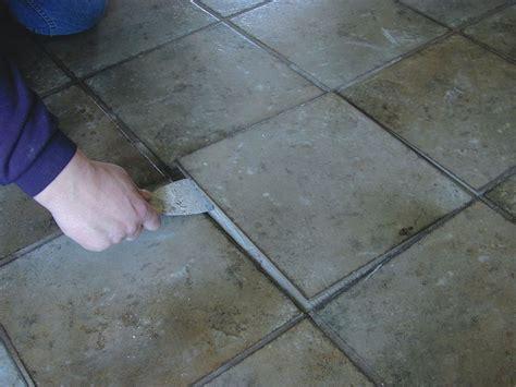 Fliesenkleber Lösen by Reparaturtipp F 252 R Handwerker Sbz