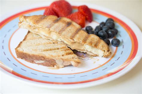Grilled Peanut Butter & Banana Sandwich  New 31 Days Of Grilling Recipes