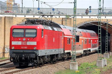 112 183 Als Re3 Richtung Elsterwerda Bei Der Ausfahrt Bhf