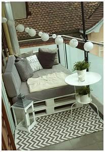 Kleiner Balkon Einrichten : kleiner balkon fotos vl hangesessel von bloomingville loungesessel float skagerak gestalten ~ Orissabook.com Haus und Dekorationen