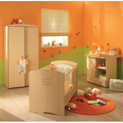 chambre bébé orange décoration chambre orange et vert
